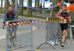 Support (Cavabienmerci) Tags: boy sports boys sport race children schweiz switzerland kid à child suisse running run lausanne course runners pied runner triathlon laufen triathlete 2014 läufer lauf triathletes