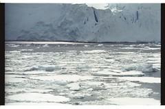 1998_12-006-11-G (becklectic) Tags: antarctica 1998 iceberg icefloe views100 antarcticpenninsula worldtrekker