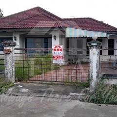 (K.เกรียงศักดิ์) ทรัพย์ERA.INET558045 http://www.era.co.th/property-view.html?q=558045 บ้านเดี่ยวโครงการเสาวลักษณ์2 จังหวัดสุราษฎร์ธานี ทั้งขาย+ให้เช่า เนื้อที่ 97.8 ตารางวา พื้นที่ใช้สอย 144 ตารางเมตร ชั้นเดียว 3ห้องนอน 3ห้องน้ำ 1 ห้องรับแขก 1 ห้องครัว แ
