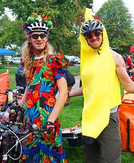 DRT 2014 Bananas (Wolfram Burner) Tags: park bike baker cargo eugene relief disaster friday emergency burner alton trials eugeneoregon response fema drt bikefriday altonbaker wolfram resilency eugenedrt