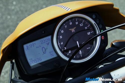 Moto-Morini-Scrambler-04