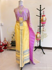 เฉดสีชุดไทยแต่งงาน ผ้านุ่งระดับพรีเมียม - เช่าชุด ชลบุรี