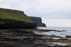 The Cliffs of Moher (Douglas Pfeiffer Cardoso) Tags: ireland atlanticocean thecliffsofmoher countyclare westireland republicofireland cliffsofmoherwalkingtrail