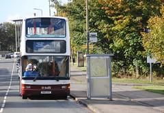 621 (Callum Colville's Lothian Buses) Tags: bus buses edinburgh short dennis denis lothian trident mader madder niddrie lothianbuses edinburghbus dennins madderandwhite madderwhite sn51aye busesedinburgh dennislothianbuses