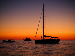 Eolie 138b - Stromboli (Valerio Lorusso) Tags: sunset sea island volcano lava islands boat barca tramonto mare ship ships barche sicily vulcan sicilia vulcano eolie stromboli aeolian isole