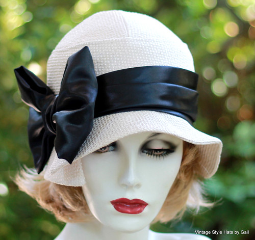 Ivory and Black Fall Winter 20s Cloche Hat