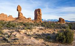 Balanced rock (benoitgx) Tags: arches sony alpha6000 nationalparks landscape nature utah usa america