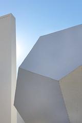 Dodecaedro (Eduardo Valero Suardiaz) Tags: cielo sky ietcc blue azul white blanco eduardo institutoeduardotorroja instiuto dodecaedro dodecahedron chimenea chimney csic torroja madrid espaãƒâ±a