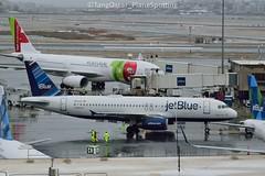 N531JL (thokaty) Tags: bos kbos bostonloganairport jetblue airbus a320 a320232 n531jl eis2001 allbluecanjet lgb departure inclementweather pushback
