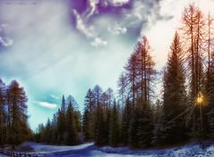 Gli ultimi raggi ... l'ultima neve. (Gio guarda le stelle) Tags: dolomiti dolomiten dolomites mountainscape landscape sunset italy snow sunbeams clouds brilliant wow