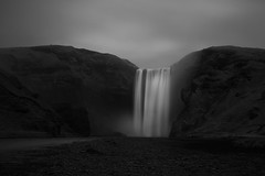 dividing (Andy Kennelly) Tags: skogafoss waterfall iceland winter cold bw february ring road golden circle moody empty
