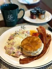 IMG_1723 (David Danzig) Tags: east lake golf club food breakfast biscuit omelet coffee