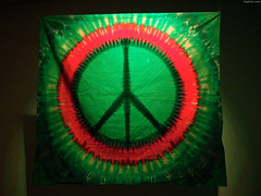 "Green & red tie dye Peace Symbol • <a style=""font-size:0.8em;"" href=""http://www.flickr.com/photos/34843984@N07/14924060593/"" target=""_blank"">View on Flickr</a>"