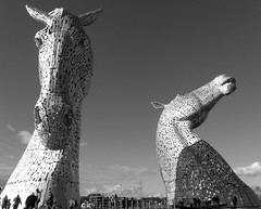 Kelpies (Mighty Barbs) Tags: horses sculpture monument wheel caballo scotland monumento escocia escultura falkirk kelpies