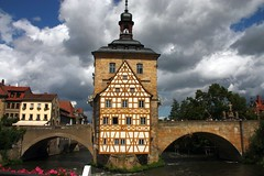 The old town hall of Bamberg (Bavaria) #2 [Explore 28/09/2014] (Sokleine) Tags: bridge heritage river germany bayern deutschland bavaria arches bamberg rivière pont brücke allemagne unescoworldheritage halftimbered fachwerk colombages regnitz bavière maisonàcolombages
