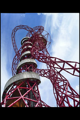 GB londen olympic park orbit tower 04 2012 kapoor a_balmond c (olympic prk) (Klaas5) Tags: architektuur architektur architettura architectuur arquitectura architecture london britain uk unitedkingdom engeland england greatbritain grootbrittanie verenigdkoninkrijk verenigdkoningkrijk ©picturebyklaasvermaas contemporary olympicpark londonolympics2012 tower toren lookout uitkijktoren uitzichttoren observationtower signaturetower orbit arcelormittal gebouw building structure معماری arquitetura arhitectură สถาปัตยกรรม senibina ਆਰਕੀਟੈਕਚਰ 구조 arkitektúr mimari kiếntrúc arsitektur gine ארכיטקטורה ճարտարապետություն argitektuur architektura faaji bokwakhiwa arkkitehtuuri építészet архитектура アーキテクチャ 架构 आर्किटेक्चर usanifu فن تعمیر هندسة معمارية architect bouwjaar completed