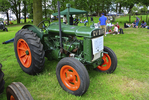 Woolpit Steam Rally, Vintage Tractors, Fordson N 1943