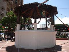 15 de Septiembre 2005 (taxcolandia) Tags: mexico taxco guerrero gro taxcodealarcn taxcolandia zocalo|kiosko|kiosco|centro mxico|mejico|mexique|messico|mexiko|meksyk||||||mx|mx