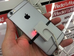 Apple iPhone 6 (JohnKarak) Tags: mediamarkt iphone6