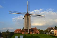 Kruisekemolen, Wervik (Erf-goed.be) Tags: geotagged westvlaanderen molen windmolen wervik archeonet macampagne geo:lon=30355 kruisekemolen geo:lat=507873