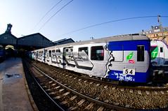 RETOUR VERS LE FUTUR (nARCOTO) Tags: paris train graffiti gare saintlazare graff sncf graffitis