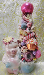 Cupcake Candy Pig Tree Caroline Sherman - Laughter and Lemondrops (Laughter and Lemondrops) Tags: elf pixie gnome miniature snowman santa vintagechristmas retrosanta bottlebrushtree laughterandlemondrops vintage christmas ornament wreath halloween holiday decor putz house german die cut bottle brush tree village shelf fairy garden pearl earrings costume jewelry martha stewart donald trump facebook instagram twitter etsy ebay justin timberlake disney mickey mouse lemondrops2011 laughterandlemondrop victorian shabby chic rustic
