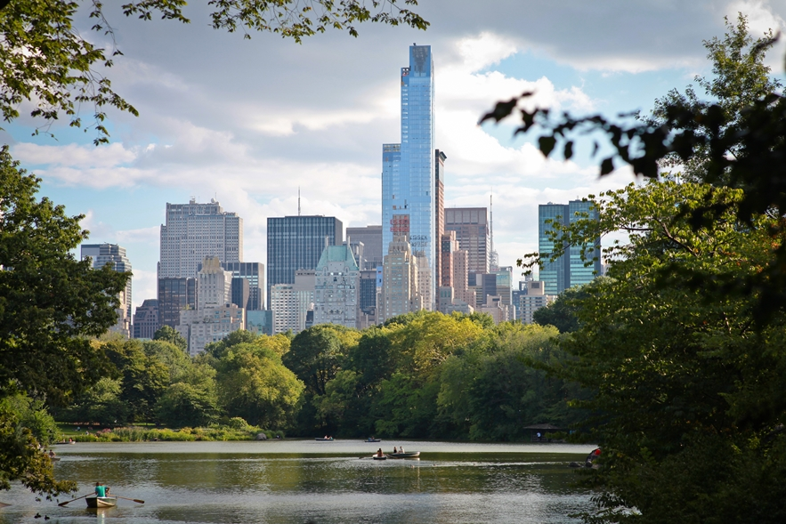 new-york-metropolitan-museum-central-park-louise-huang4