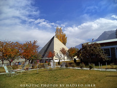 The legendary K2 motel !! (C@MARADERIE) Tags: autumn pakistan color nature colorful pyramid lawn motel nopeople k2 twopeople tableandchairs colorimage skardu autumnalscene  ptdc skarduvalley k2motel ptdcmotel  grassylawn