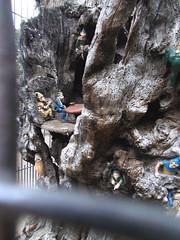 LONDON 1752 (RANCHO COCOA) Tags: wood uk england sculpture tree london garden elf trunk kensington carvings kensingtongarden sculpted elves elfinoak