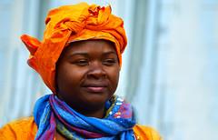 Turban (Projets photos - +Mon groupe ABCédaire) Tags: chapeau orange carnaval extérieur couleurs photo printemps photographesamateursdumonde soleil douceur flickrelite flickr flickrelitegroup makemesmile nikoneurope nikon lumière 7dayswithflickr flickrno1pics