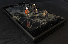Cracked Screen (fractalx) Tags: crackedscreen phone sony miniature hoscale macro galaxys6 noch