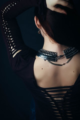 DSC_2854_1.jpg (oleg_magway) Tags: spine back jewerly necklace gorget redhair earrings famous cute