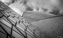 Sailing into destiny (.KiLTRo.) Tags: sydney newsouthwales australia kiltro opera operahouse architecture lines curves contrast goemetry abstract crazytuesdaytheme 7dwf textures