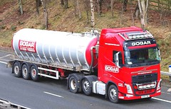 VOLVO FH - GOGAR Logistics Stirling (scotrailm 63A) Tags: lorries trucks tankers