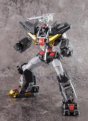 Dancouga 01 (guitar hero78) Tags: actionfigure action anime dancouga chogokin sentinel toys jfigure jmodel fujifilm fujinon xf60mm stilllife super robot