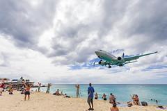 St. Maarten (KennardP) Tags: stmartin stmaarten beach aeroplane airport caribbeanisland canon5dmarkiv 5dmarkiv princessjulianainternationalairport ef1635mmf4lisusm canon1635mmf4lis
