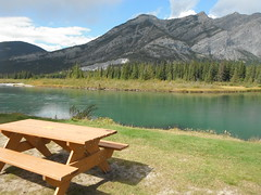 R & R (Mr. Happy Face - Peace :)) Tags: albertabound hbm benched happybenchmonday yyc friends instagram facebook twitter rockies banff canada150years cans2s nature archives