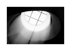 Lightfall (W.Utsch) Tags: leica monochrom light black white schwarzweiss minimalism abstract