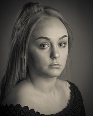 Alisha (Neil Fearnside) Tags: alisha alishakyle joanne lucas simon studio portrait