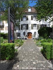 Museumsgarten in Frauenfeld (Jolanda Donné) Tags: stadtfrauenfeld frauenfeld thurgau schweiz ansichten mai mai2015 7052015 nikoncoolpixp610