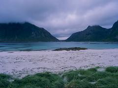 Imperfect Symmetry #122 (JaZ99wro) Tags: 645 e100g e6 f0324 imperfectsymmetry mamiya645protl norway norwegia opticfilm120 tetenal3bathkit analog beach clouds exif4film film water