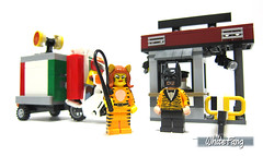 I have ordered special pizza delivery for our date (WhiteFang (Eurobricks)) Tags: lego batman movie review polybag cat costume tuxedo print pod case suit outfit colour colourful coat hero superhero dc comic