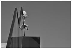 Observer (RadarO´Reilly) Tags: beobachter observer spiegelung reflections sw schwarzweis bw blackwhite monochrome noiretblanc blanconegro zwartwit strase street strasenfotografie streetphotography düsseldorf nrw medienhafen