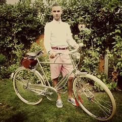 My beautiful all Chrome 'Raleigh Superbe' Roadster (adamgruebie) Tags: bicycle raleigh brooks brookssaddle vintagebicycle superbe sturmeyarcher oldbicycle allsteelbicycle vintageraleigh raleighsuperbe fourspeed brookssaddlebag bossbike chromeraleigh englishfourspeed