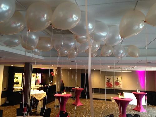 Heliumballonnen Zalm Wit Hotel van der Valk Nieuwerkerk aan den IJssel