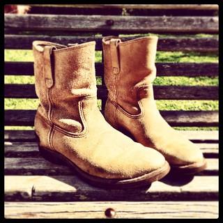 365/267 • five bucks • #2014_ig_267 #redwing #boots #opshop #opshopscores #perfectfit #oneofthesedaystheseboots #karmafornotlosingmyshit