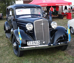 1934 Chevrolet Master Special De Luxe (crusaderstgeorge) Tags: cars chevrolet de sweden gvle retro special master oldtimer 1934 classiccars luxe americancars americanclassiccars blackcars 1934chevroletmasterspecialdeluxe