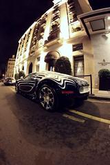 Bugatti Veyron L'Or Blanc (Pichot Thomas) Tags: paris france cars car sport canon french photo shoot d voiture fisheye shooting 500 8mm lor bugatti blanc franais automobiles w16 supercars veyron fisheyes parisienne 500d sportive samyang spoot worldcars spooting