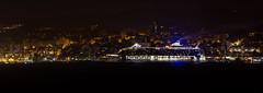 Oasis of the Seas en el puerto de Vigo (Panorámica nocturna) (dfvergara) Tags: españa puerto luces noche mar edificios agua barco ciudad galicia panoramica nocturna royalcaribbean ria vigo crucero tiran trasatlantico moaña oasisoftheseas