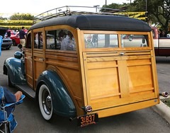 1938 Plymouth Westchester Suburban (Bill Jacomet) Tags: show car san texas suburban tx 1938 plymouth woody annual mopar antonio 38 westchester 32nd 2014